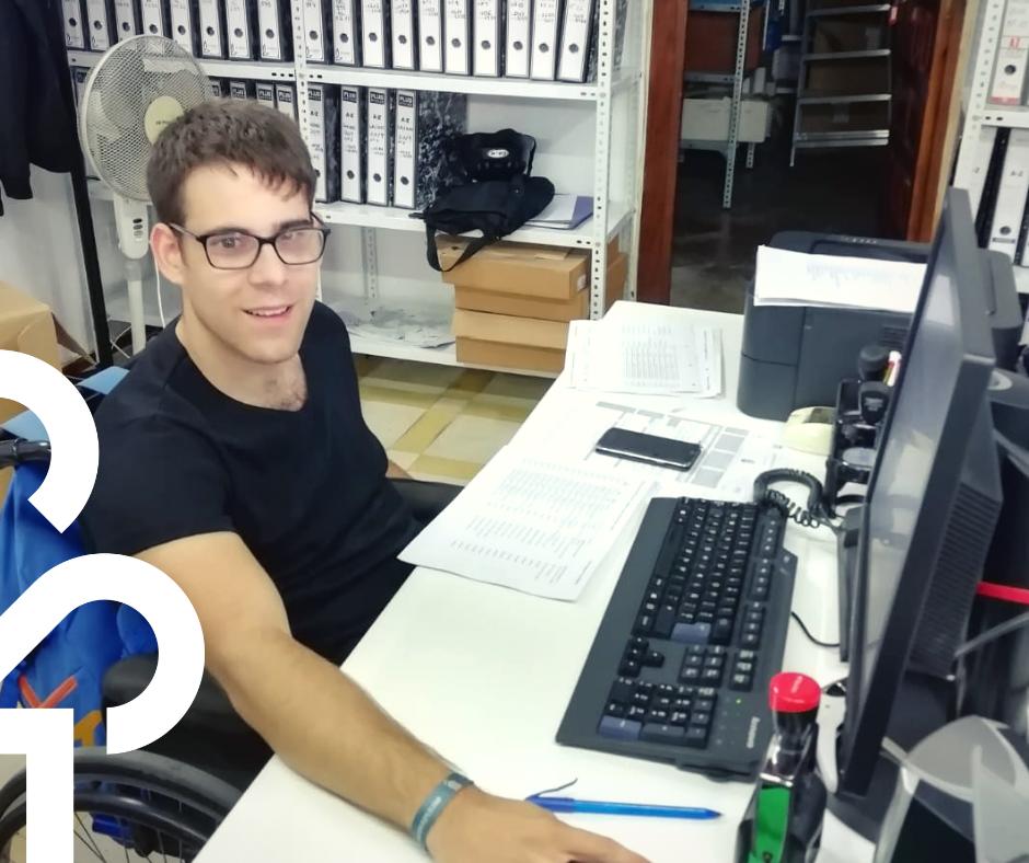 Antonio comienza sus prácticas laborales en el Ayuntamiento de Castro del Río.